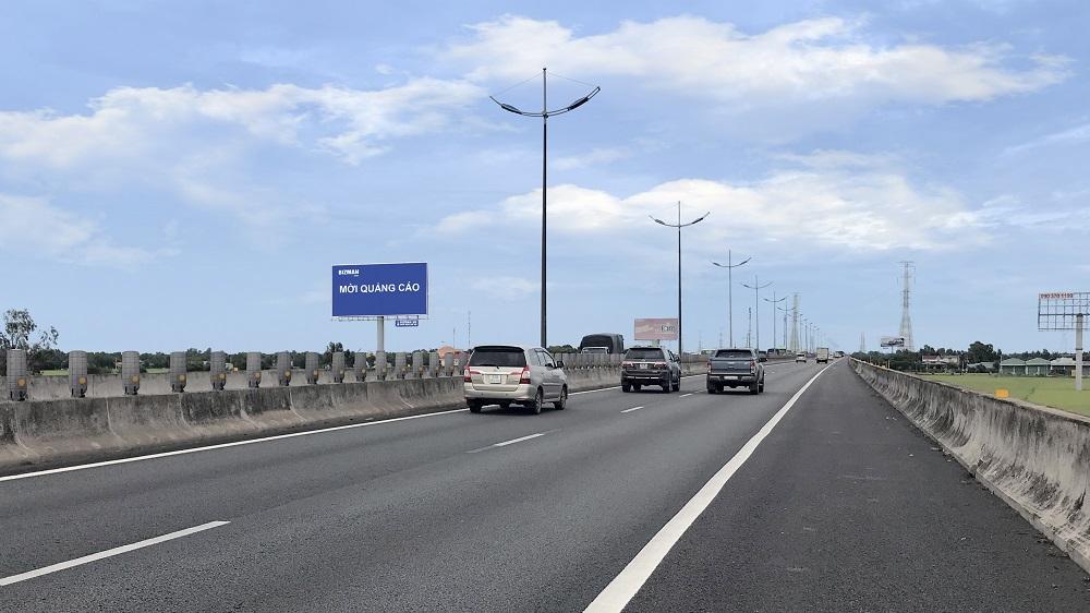 Vị trí Km16 + 550 (Bên trái): Nằm trên tuyến cao tốc Sài Gòn - Trung Lương, đoạn Tp. HCM - Tiền Giang, tỉnh Long An