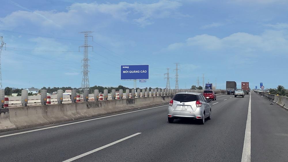 Vị trí Km13 + 300 (Bên trái): Nằm trên tuyến cao tốc Sài Gòn - Trung Lương, đoạn Tp. HCM - Tiền Giang, tỉnh Long An