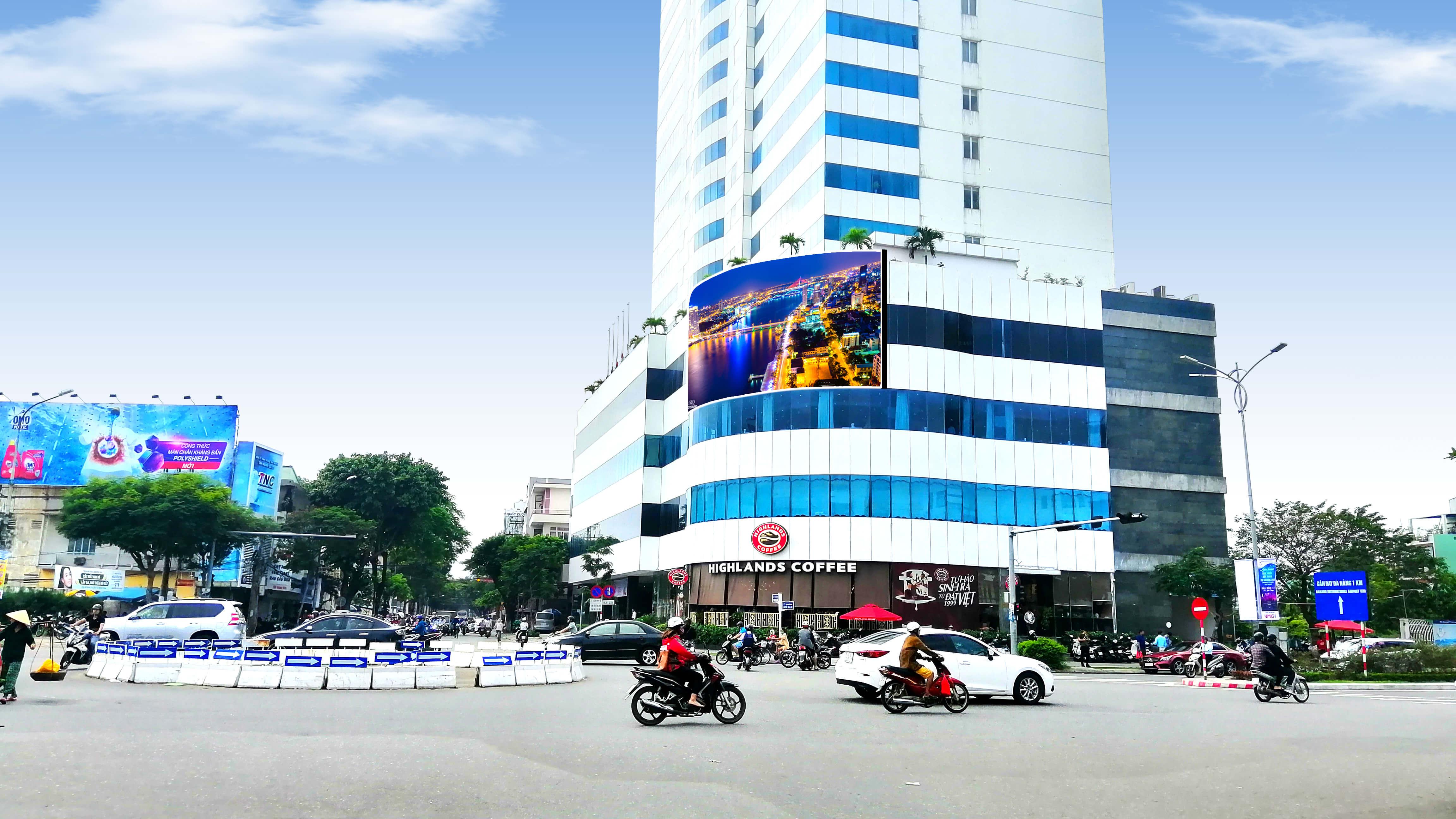 Hướng Nhìn từ Triệu Nữ Vương ra Nguyễn Văn Linh