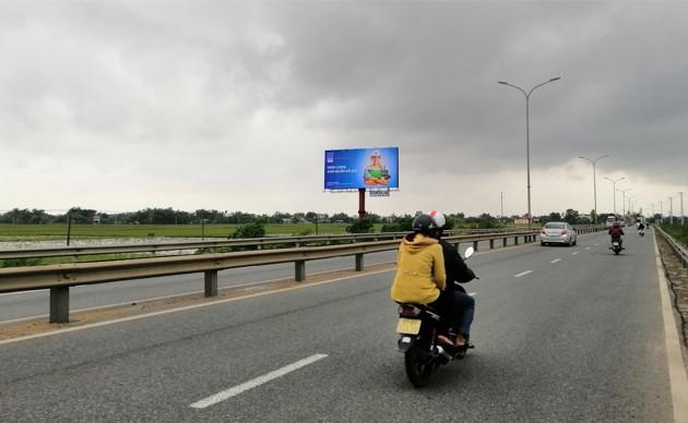 Vị trí KmH8/960 + 95 (bên trái): Nằm trên tuyến QL1A, đoạn Đà Nẵng - Tam Kỳ, tỉnh Quảng Nam