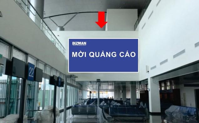 Vị trí ID01: Bảng ốp tường khu vực phòng chờ lên máy bay Gate 22 đến 25, Ga đi Quốc tế