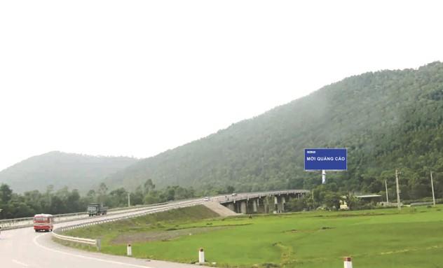 Vị trí H4/437 + 40: Nằm trên tuyến QL1A, đoạn Thanh Hóa - Nghệ An, tỉnh Nghệ An