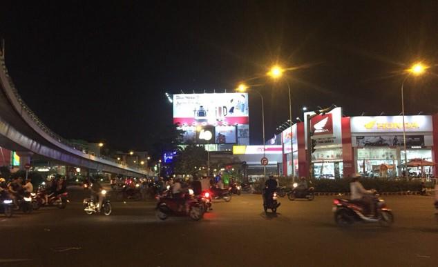 Hướng nhìn từ Nguyễn Oanh – Nguyễn Kiệm